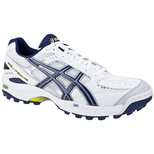 asics cricket trainers